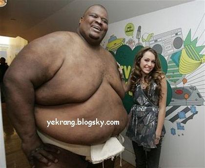 عکس: مرد چاق و دختر باریک